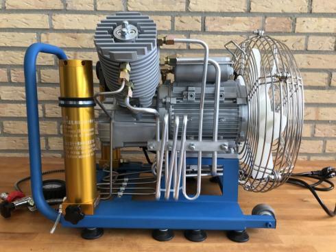 Carette Air Cooled V33 Compressor 300 bar